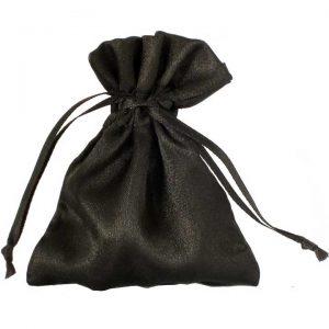 Satijnen zakjes zwart klein